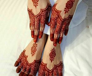 henna, style, and beautiful hands and feet image