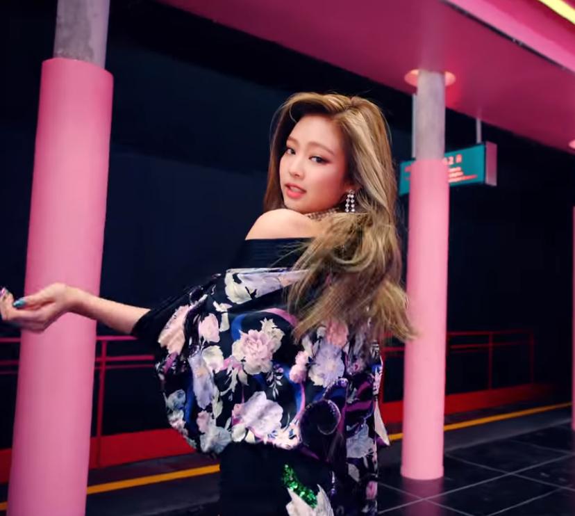 kpop, jennie, and rose image