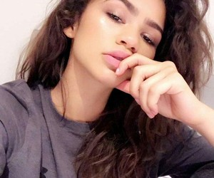 zendaya and icon image