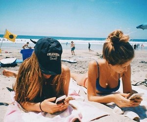 girls, beach, and friendship image