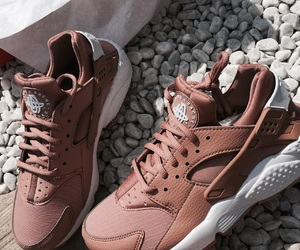 blogger, fashion, and huarache image