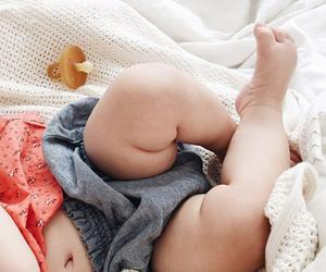 babies, baby, and OMG image