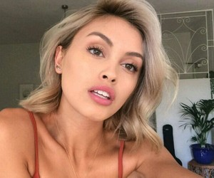 blonde, famous, and lips image