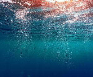 wallpaper, sea, and water image