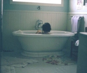 vintage, bath, and indie image