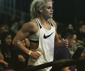 crossfit and women image