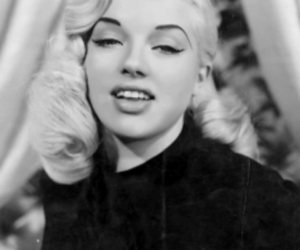 vintage, Diana Dors, and black and white image
