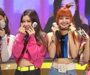 lisa, wallpaper, and jennie image