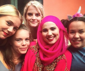 skam, lisa teige, and iman meskini image