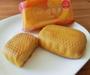 bread, japan, and japanese image