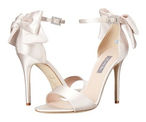 sarah jessica parker, shoes, and trance bis image