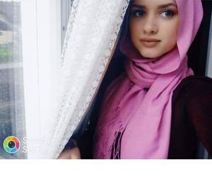 girls, islam, and piercing image
