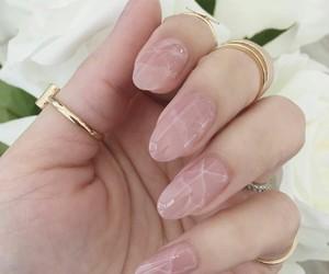 beautiful, cracks, and light pink image