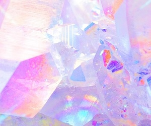 aesthetic, crystal, and pastel image