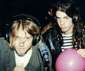 kurt cobain, nirvana, and dave grohl image