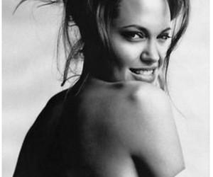 Angelina Jolie and Espalda image