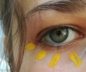 aesthetic, eyes, and flower image