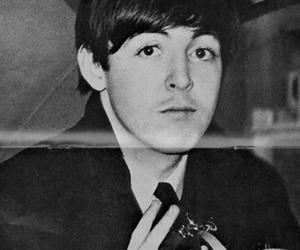 Paul McCartney, the beatles, and mccartney image