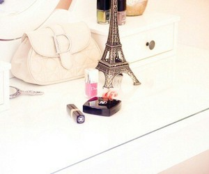 make up, maquillaje, and torre eiffel image