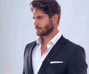 nick bateman and Hot image