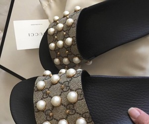 fashion, gucci, and pearls image