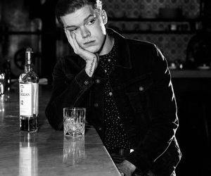 shameless, cameron monaghan, and gallagher image