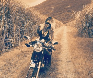bike, cafe racer, and Chick image