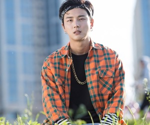 kdrama, yoon si yoon, and the best hit image