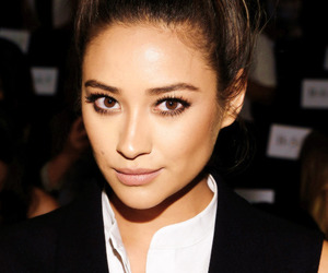 shay mitchell, pretty little liars, and emily fields image
