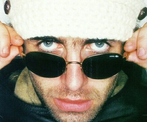 oasis and liam gallagher image