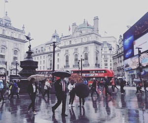 london, Londra, and rain image