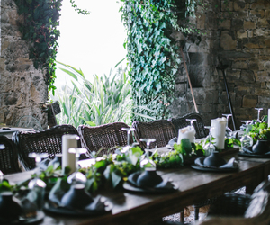 entertaining and tablescape image