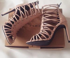 стиль, каблуки, and обувь image