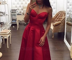 sweetheart, long prom dress, and long evening dresses image