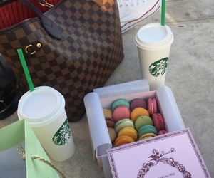 laduree and starbucks image