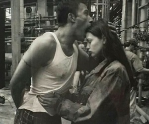 couple, Ben Affleck, and liv tyler image
