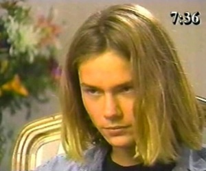 river phoenix, 90s, and cute image