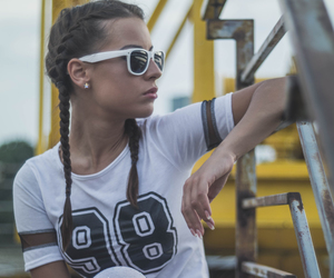 ghetto style, high fashion, and alternative model image