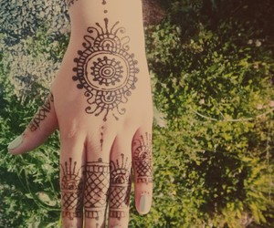 hand, henna, and indian image