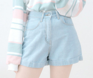 aesthetic, blue, and pastel image