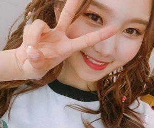 pristin, kpop, and sungyeon image