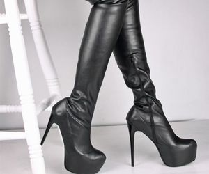 boots, tacchi, and heels image