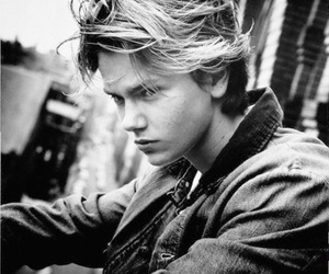 river phoenix, actor, and boy image
