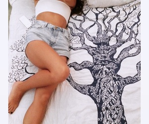 bed, body, and brunette girl image