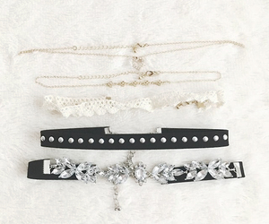 choker, accessories, and clothes image