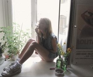 aesthetic, bambi, and grunge girl image