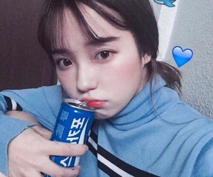 girl, ulzzang, and blue image