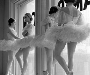 b&w, ballerinas, and ballet image