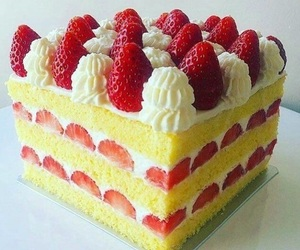 cake, strawberry, and strawberry shortcake image