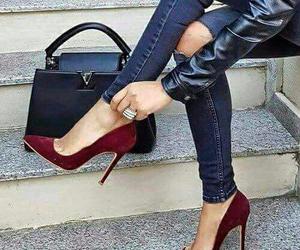 estilo, rojo, and zapatos image